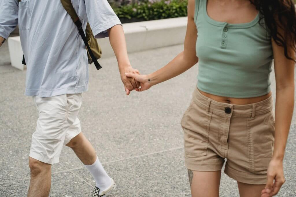 date ideas for couples, dorm date ideas