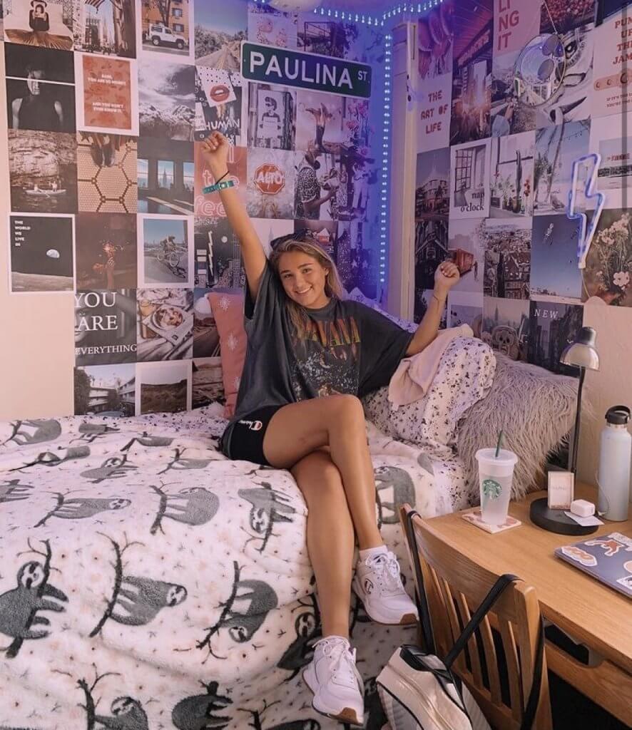 dorm room wall decor ideas